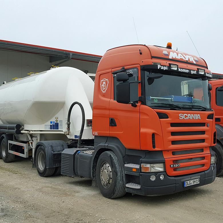 Silo-Baustofftransporte